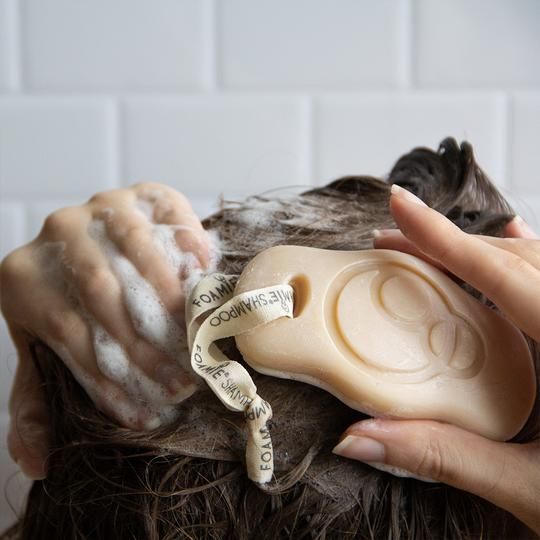 Foamie tuhý šampón kokos